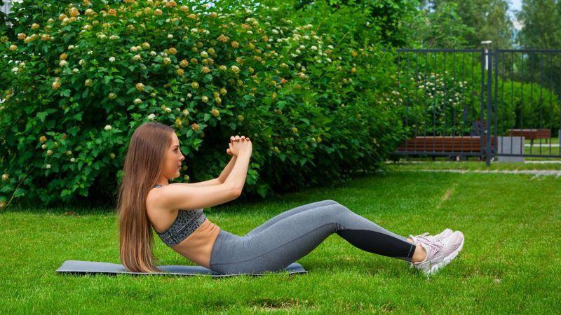 八分鐘TABATA,時間越長強度越強,不只訓練腹肌,還能燃脂。圖/Canva