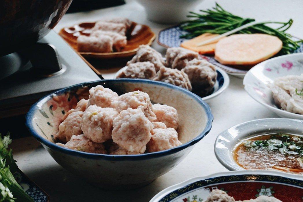 從台南碗糕、蝦仁飯到蝦丸幾乎都使用火燒蝦,是內行人才知道的美味。 圖/謝小五提供