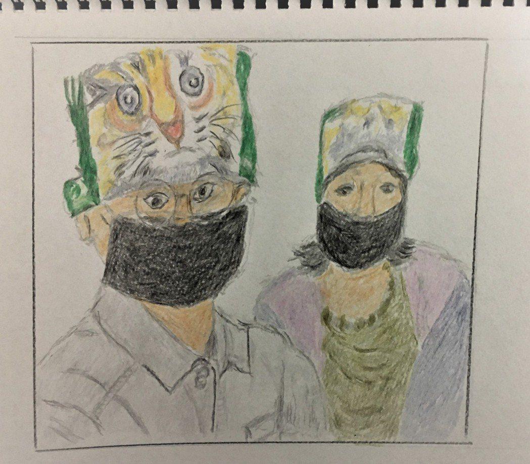 劉克襄認為媽媽畫得最好的是動物,去年也將媽媽畫的石虎做成頭巾義賣。照片提供/劉克...