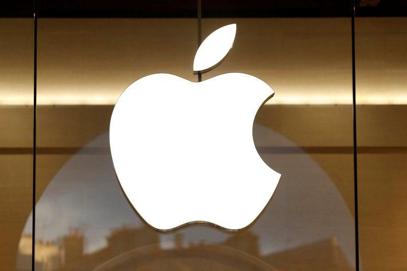 蘋果傳出攜手高盛,推「先買後付」服務。路透