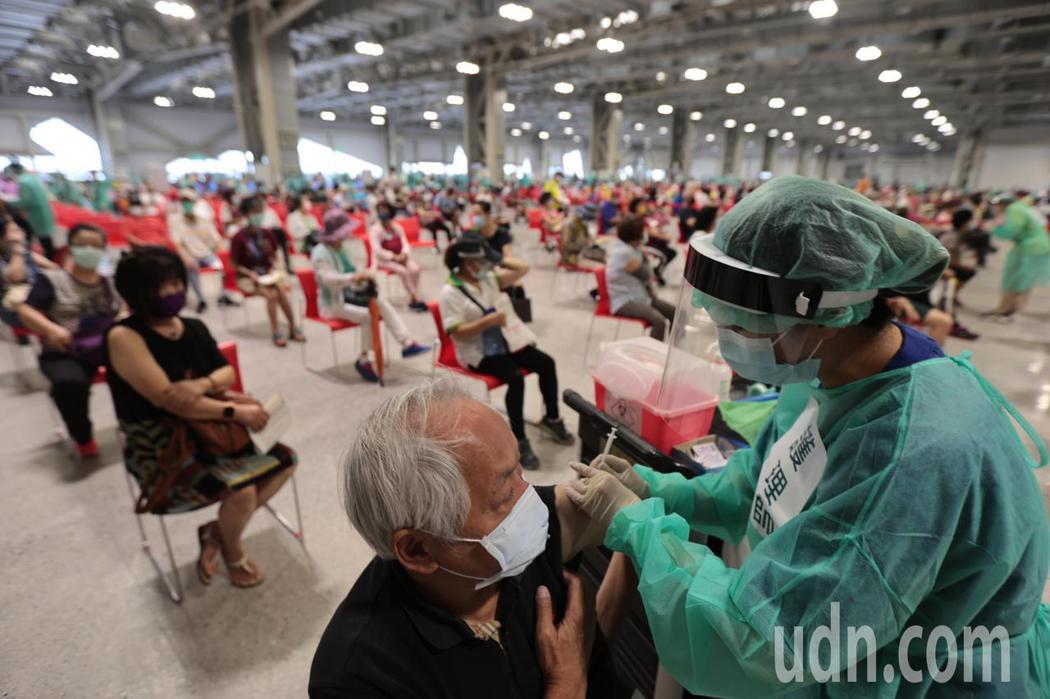 疫苗接種。記者蘇健忠/攝影