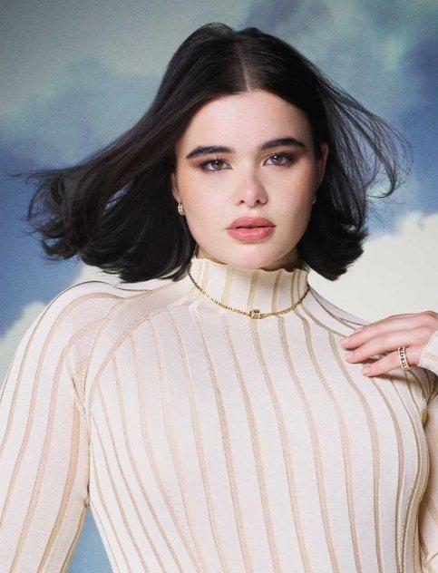 美國女模兼演員Barbara Ferreira配戴寶格麗珠寶拍攝形象廣告。圖/取...