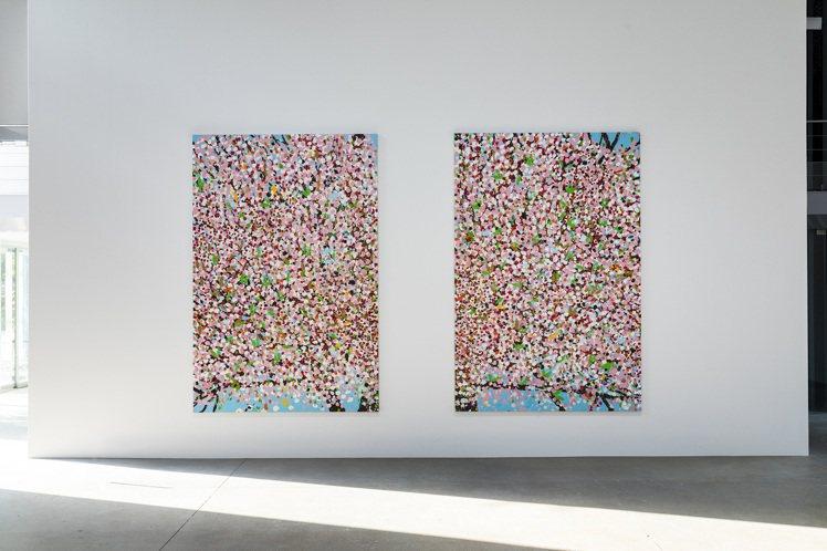 達米恩赫斯特2018年的二聯屏「Renewal Blossom」於巴黎卡地亞當代...