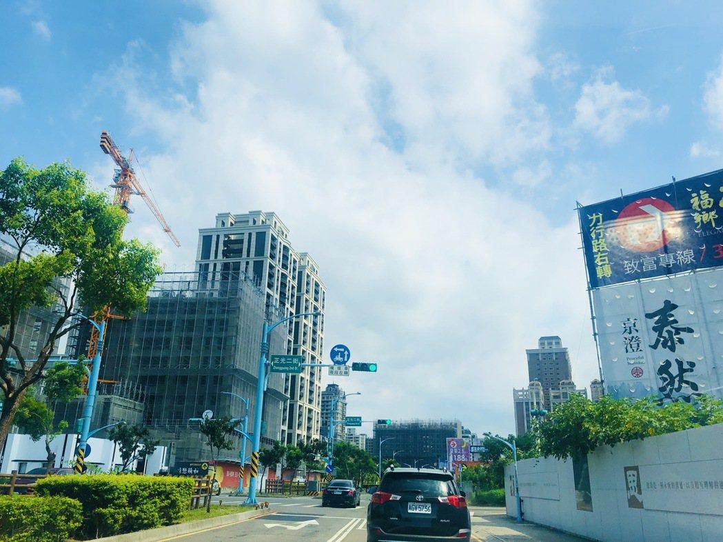 2021年第一季桃園購屋最熱路段,由桃園區中路重劃區的「 正光二街」摘冠。圖/台...