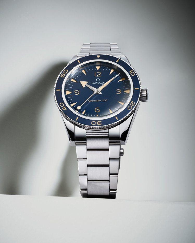 海馬300系列41毫米不鏽鋼自動腕表,21萬2,000元。圖/歐米茄提供