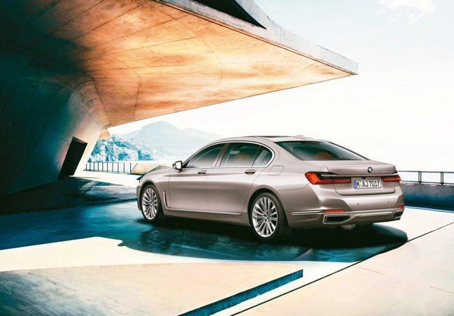 全新BMW 7系列Diamond Edition再創巔峰。圖/陳志光、各汽車品牌