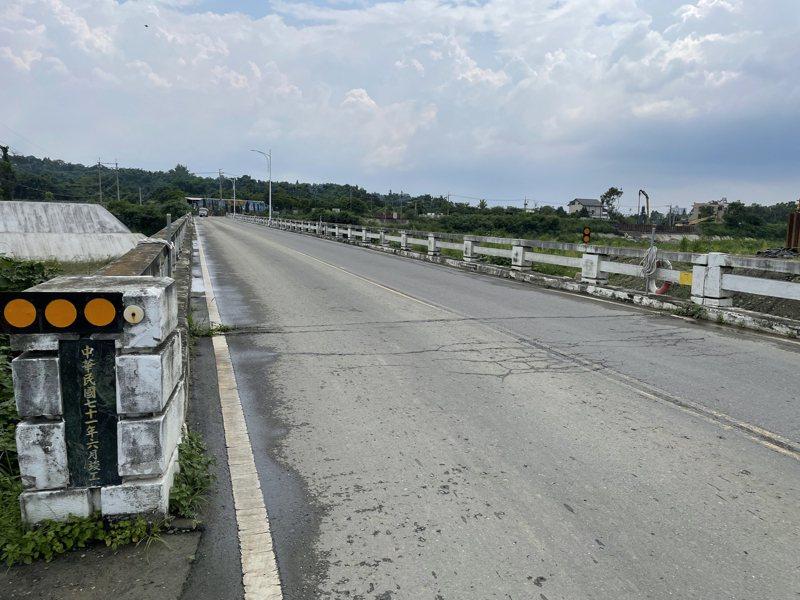 嘉市盧山橋已興建39年,汛期常淹水。記者林伯驊/攝影