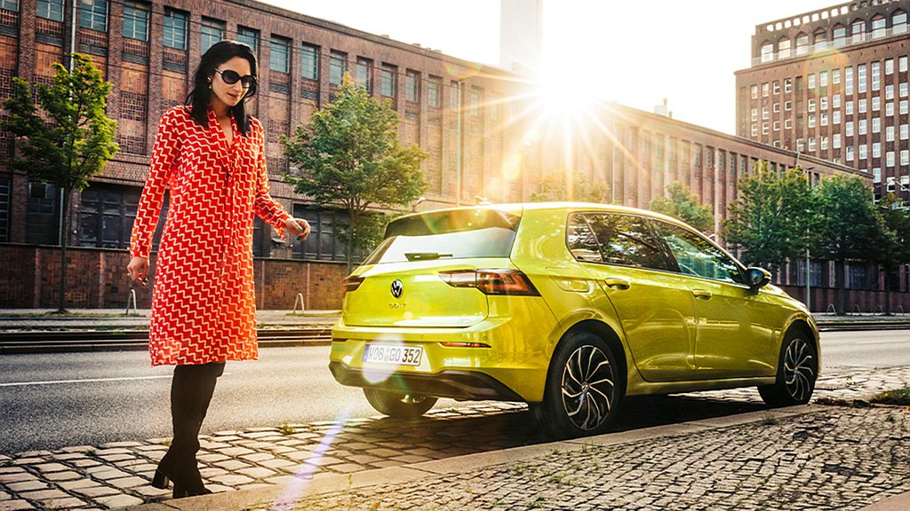 全新第八代福斯Golf 230 eTSI的低賦稅、低油耗及獨家「長里程彈性保養概...
