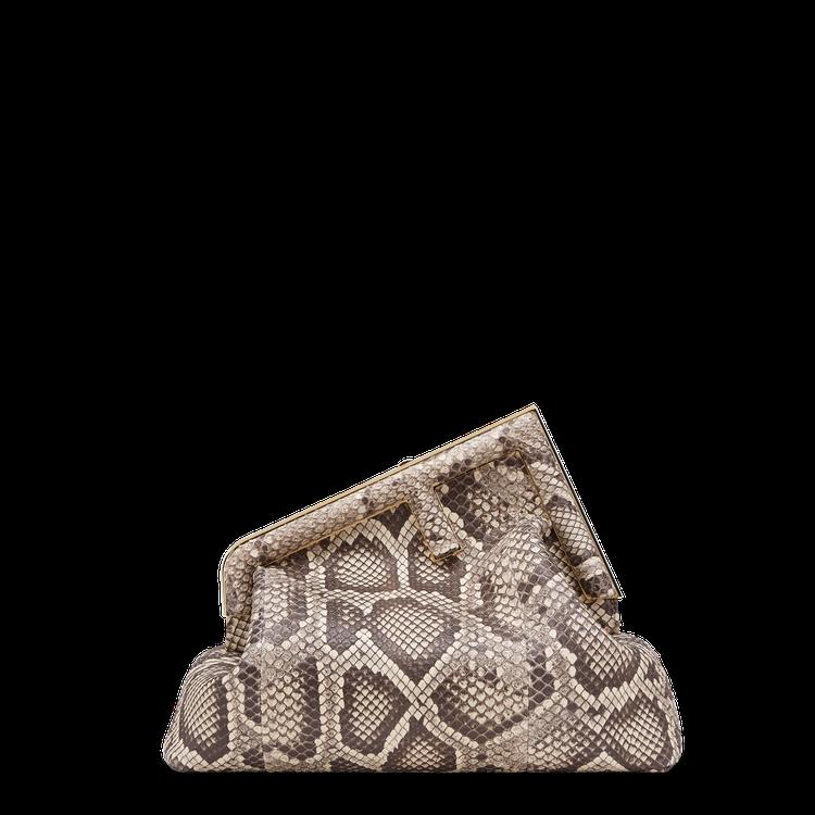 FENDI蟒蛇紋珍稀皮革First Medium,價格店洽。圖/FENDI提供