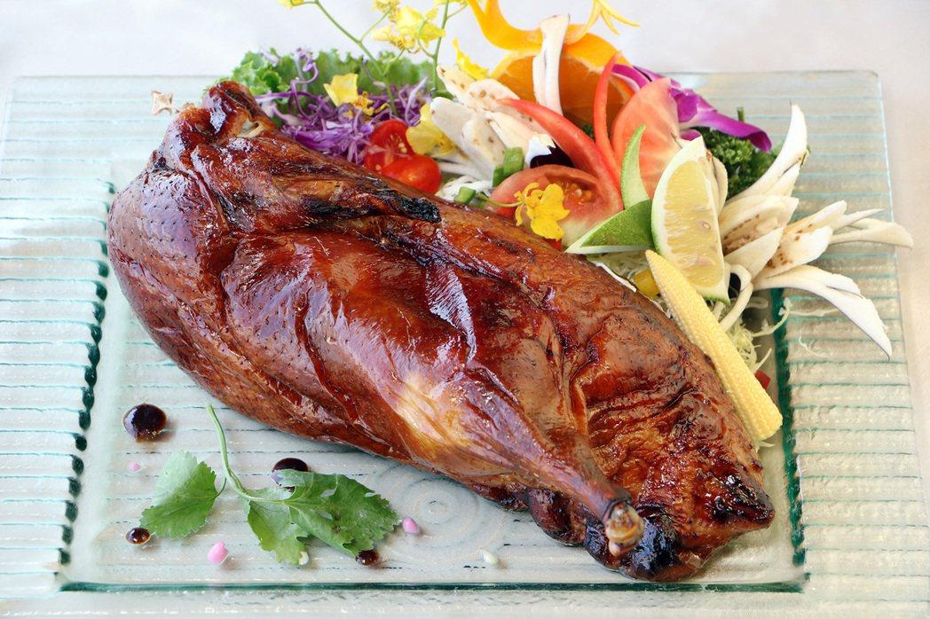 宜客樂微Buffet-港式明爐燒鴨。