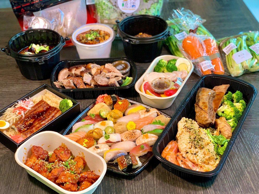 礁溪寒沐酒店幻身「寒沐食市」,提供許多美食,美食、居家用品一站搞定。 陳志光/提...