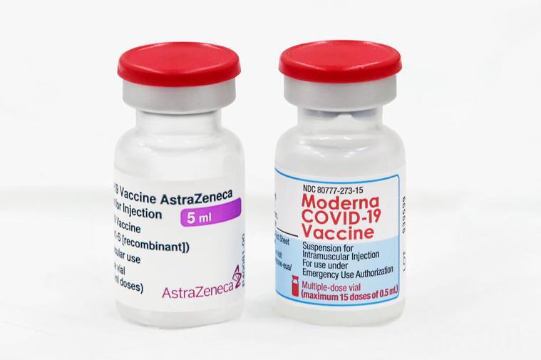 AZ疫苗(左)、莫德納疫苗(右)。記者蘇健忠/攝影