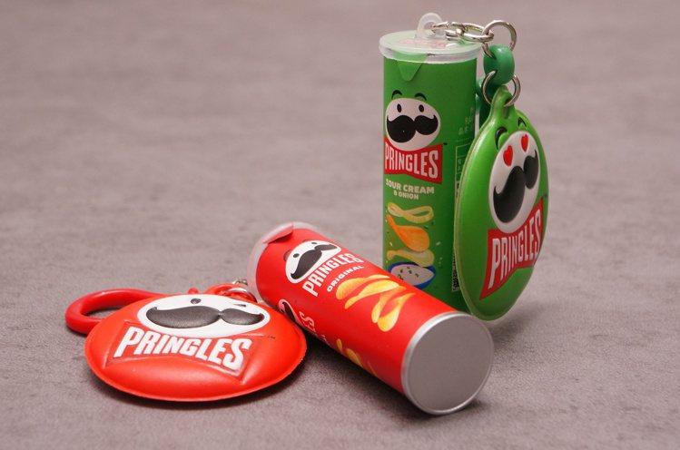 「品客洋芋片icash2.0」外觀迷你可愛,零食罐包裝擬真。圖/愛金卡公司提供