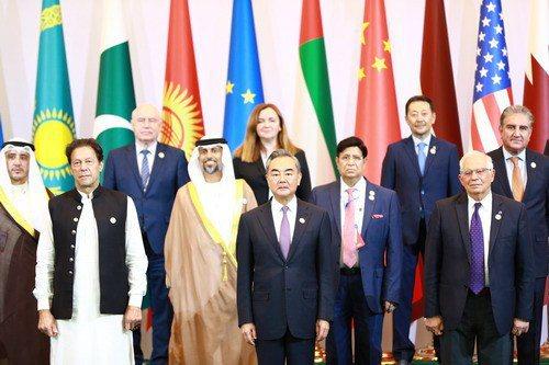「中亞和南亞:地區互聯互通的挑戰和機遇」高級別國際會議16日在烏茲別克首都塔什干舉行。(取自大陸外交部網站)