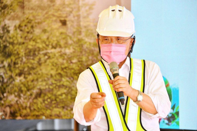 蘇貞昌表示政府已經要預約購買明、後年次世代的疫苗,疫苗採購需依疫情進行配置。記者巫鴻瑋/翻攝