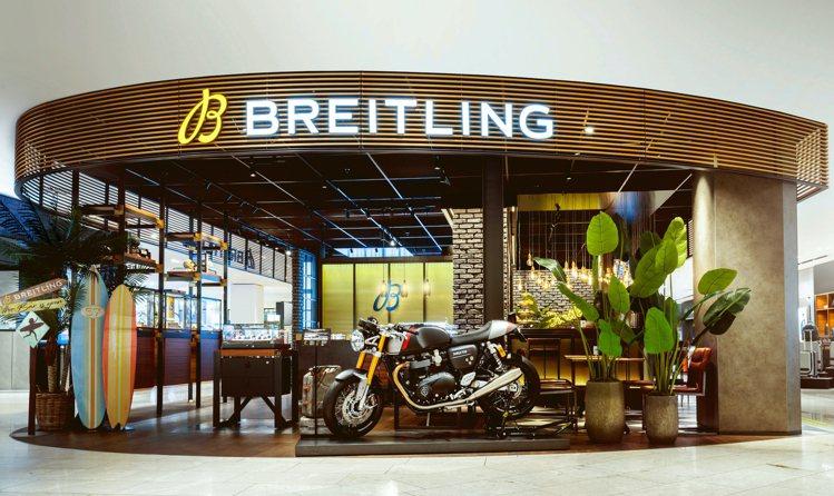 百年靈(Breitling)近日宣佈:將與英國重機名門凱旋(Triumph)建立...