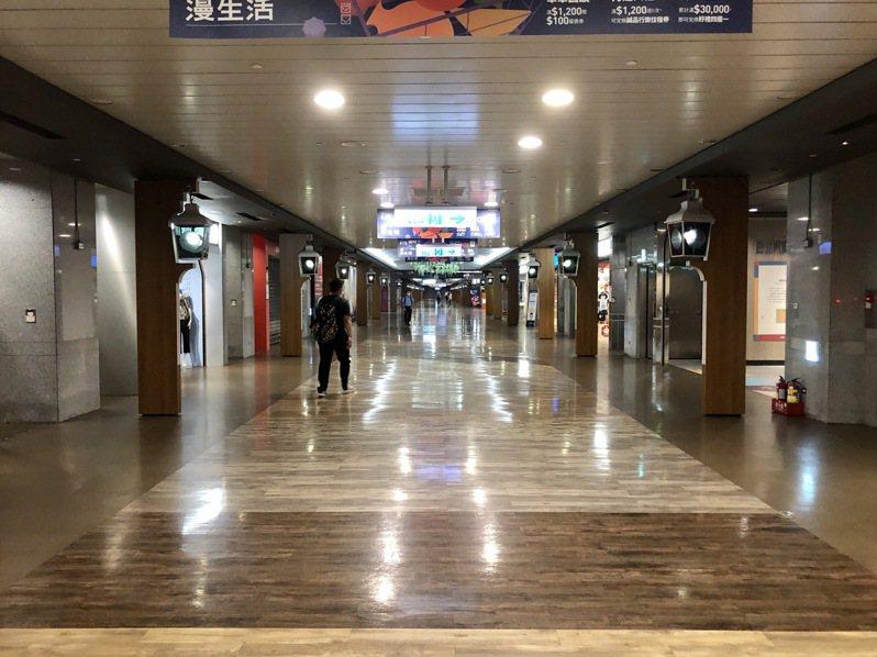 台北K區誠品地下街爆發群聚感染,目前封閉清消中。 聯合報系資料照