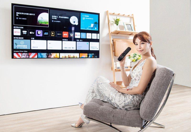 2021年全系列新機採用全新webOS 6.0智慧娛樂平台,擁有Miracast overlay功能,支援手機鏡射,並內建Apple TV、Netflix、YouTube影音串流服務。圖/台灣LG電子提供