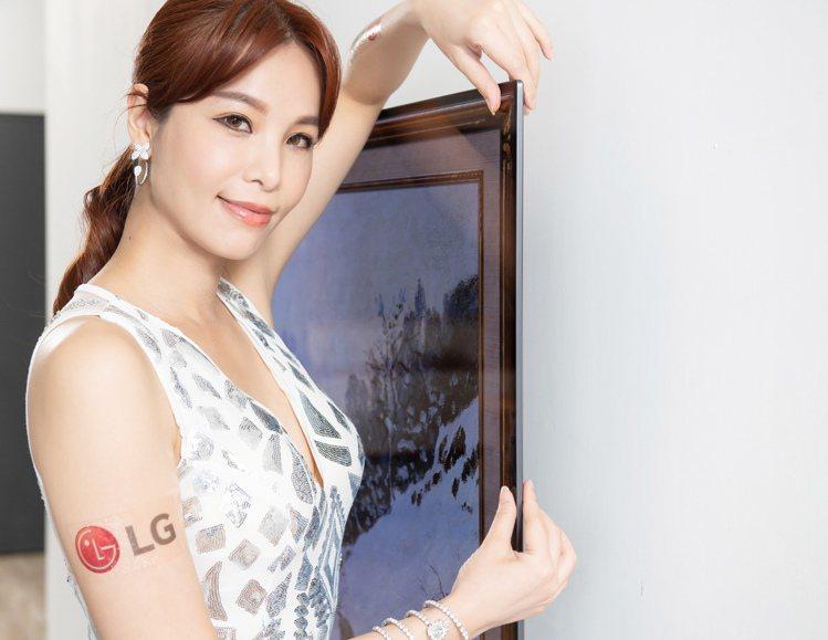 G1全新零間隙畫廊系列,纖薄外型、極窄邊框,如同藝術品懸掛於牆面,演繹時尚居家美...