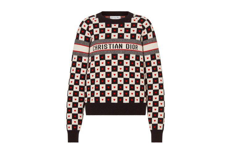 黑白棋盤格愛心印花圓領針織上衣,81,000元。圖/DIOR提供