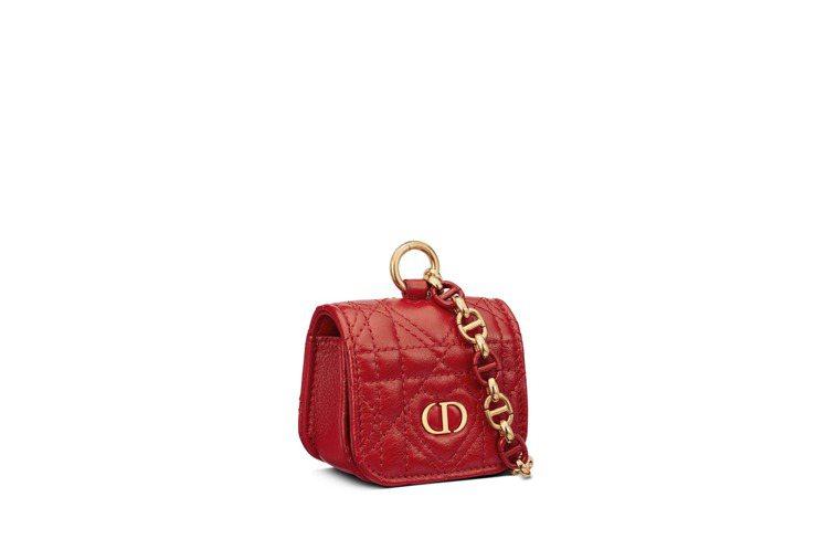 Dior Caro紅色愛心籐格紋小牛皮AirPods Pro保護套,35,000...