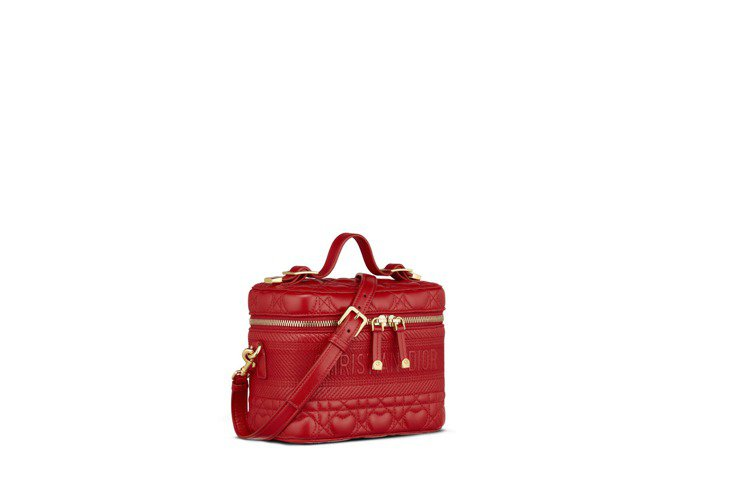 Lady Dior micro紅色愛心籐格紋小羊皮化妝箱,94,000元。圖/D...