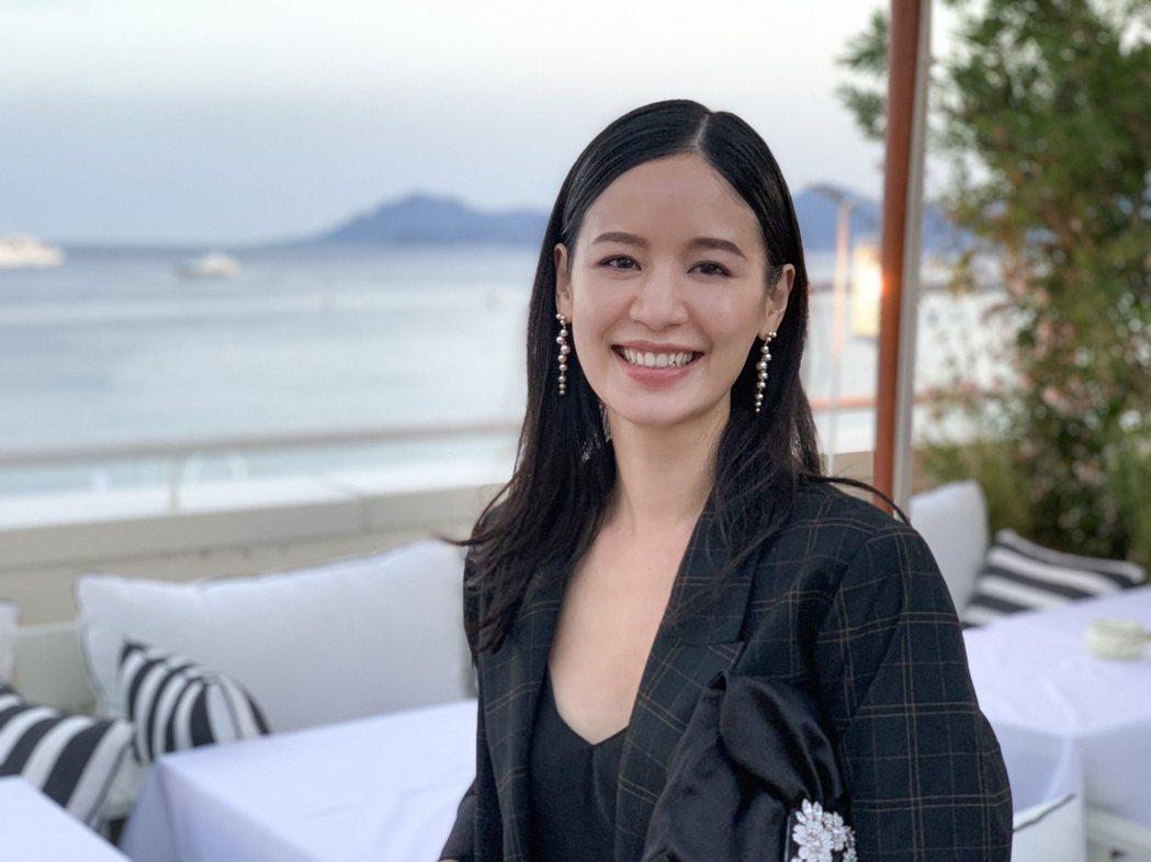 袁子芸因參演日本電影「在車上」,與劇組一起去坎城影展。圖/祖與占提供