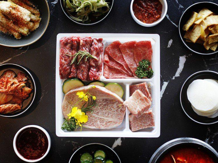 日本A5和牛生菜包肉組,每套1,599元。圖/虎三同提供