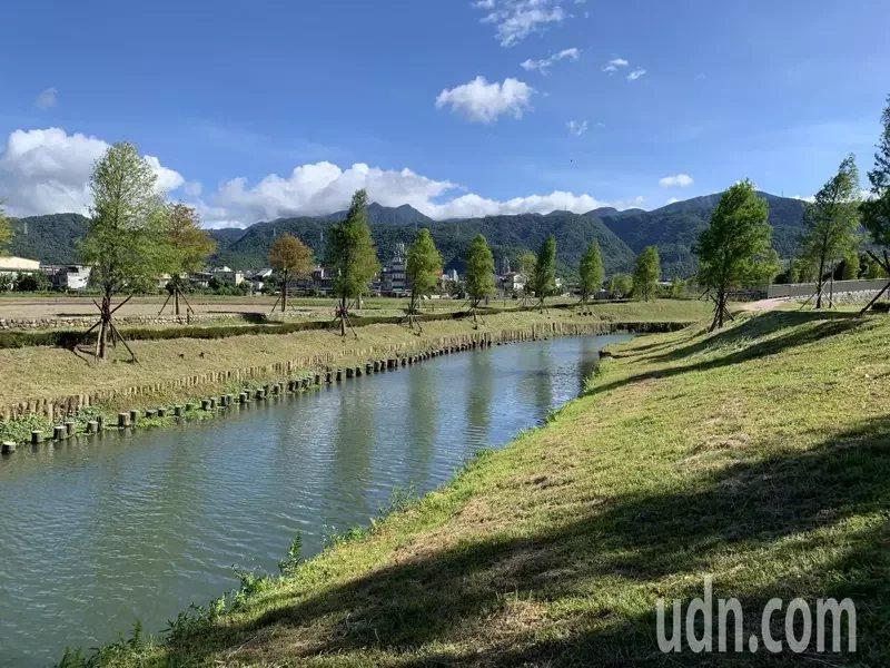 宜蘭冬山河舊河道整治大變身,號稱「台版羊角村」。 圖/林佳彣 攝影