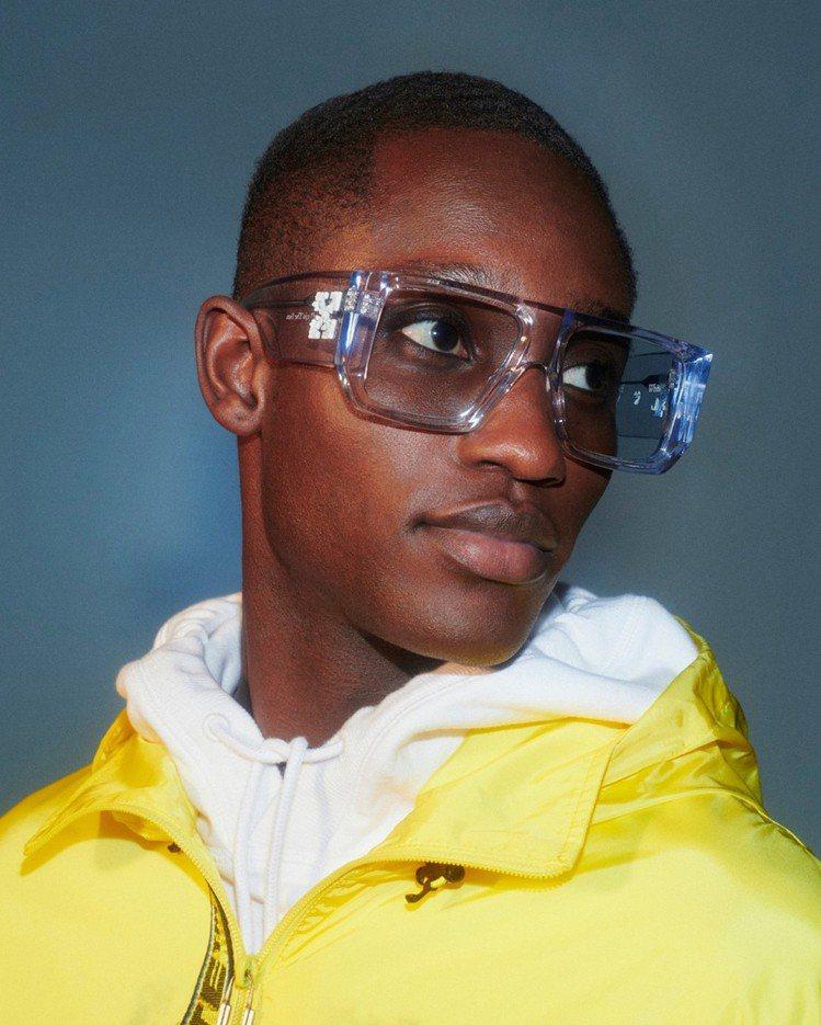 Off-White Tropez黑框太陽眼鏡12,500元。圖/Off-Whit...