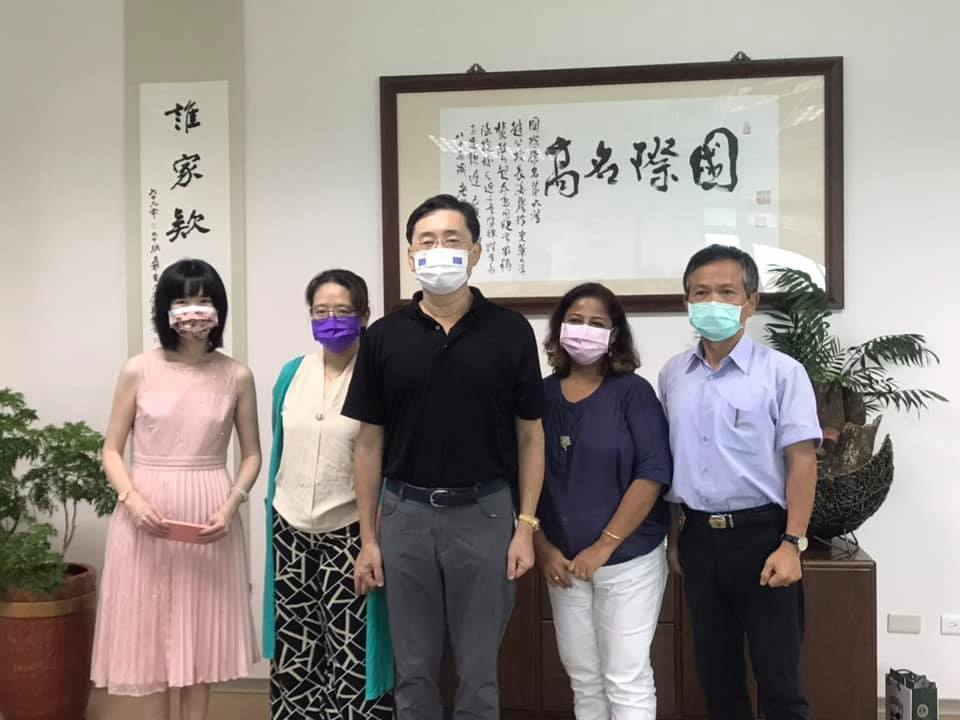 參與臺印雙邊教育合作人員合影。