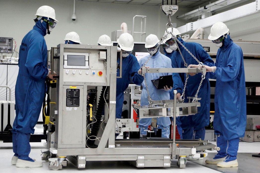 南韓今年上半年半導體製造設備進口總額創94.2億美元紀錄。  路透
