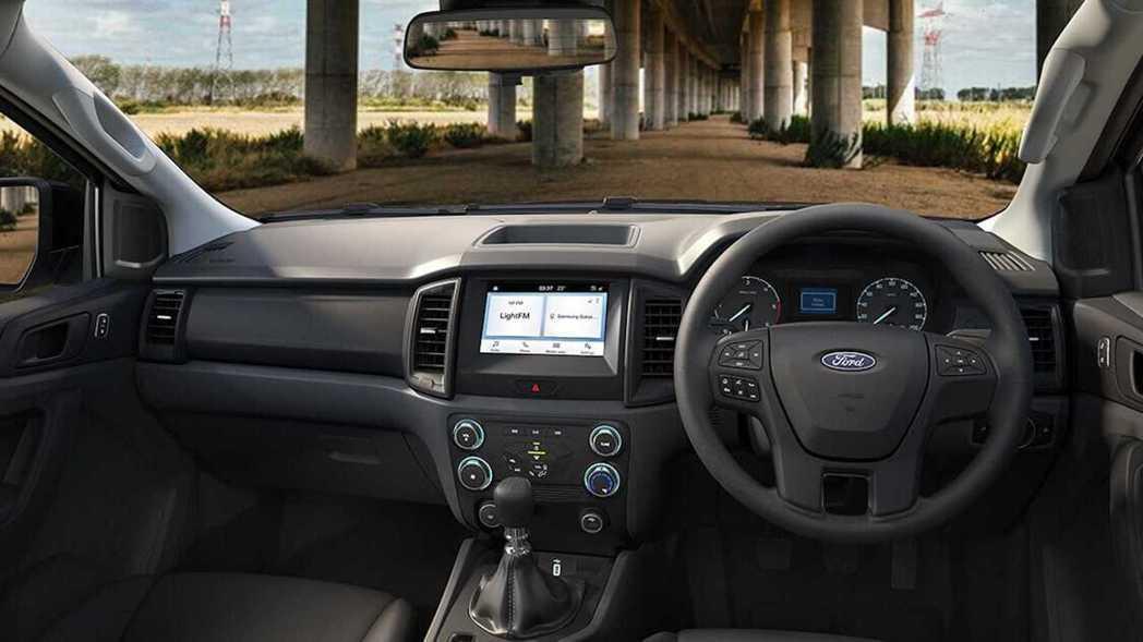 座艙內部也延續Ranger簡單俐落不失實用的風格。 圖/Ford Thailan...