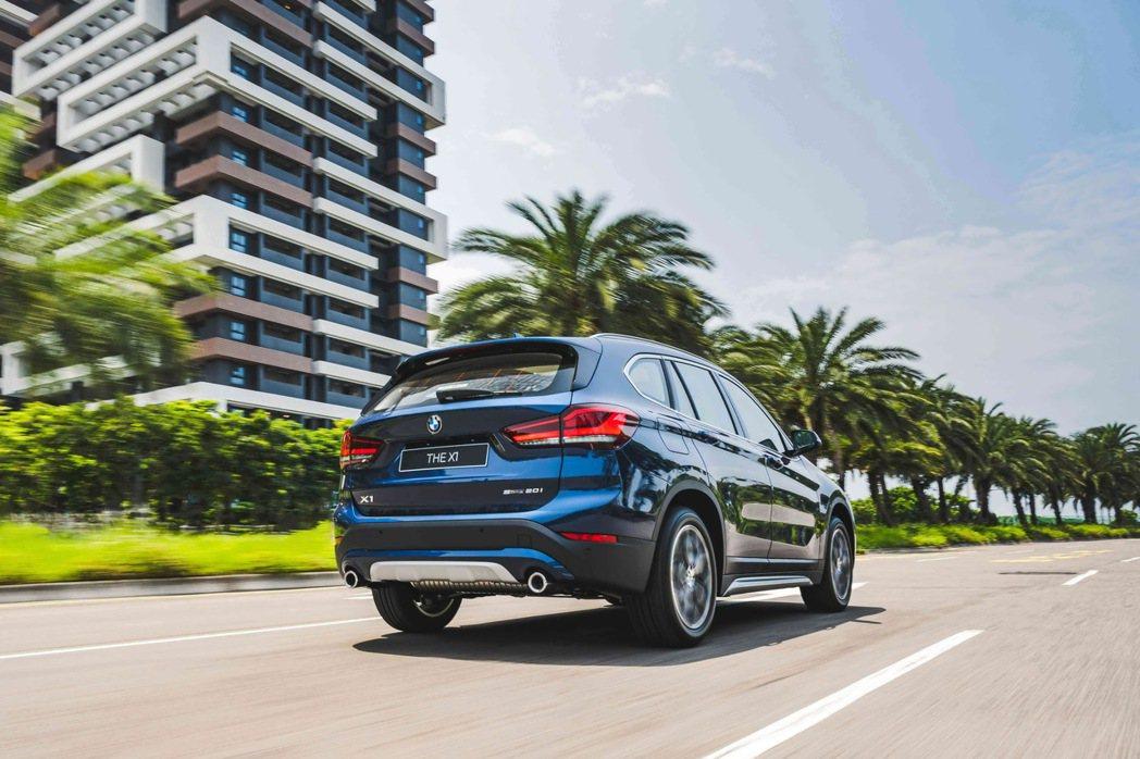 本月入主全新BMW X1 Deluxe Edition豪華版享零頭款、零首付多元...