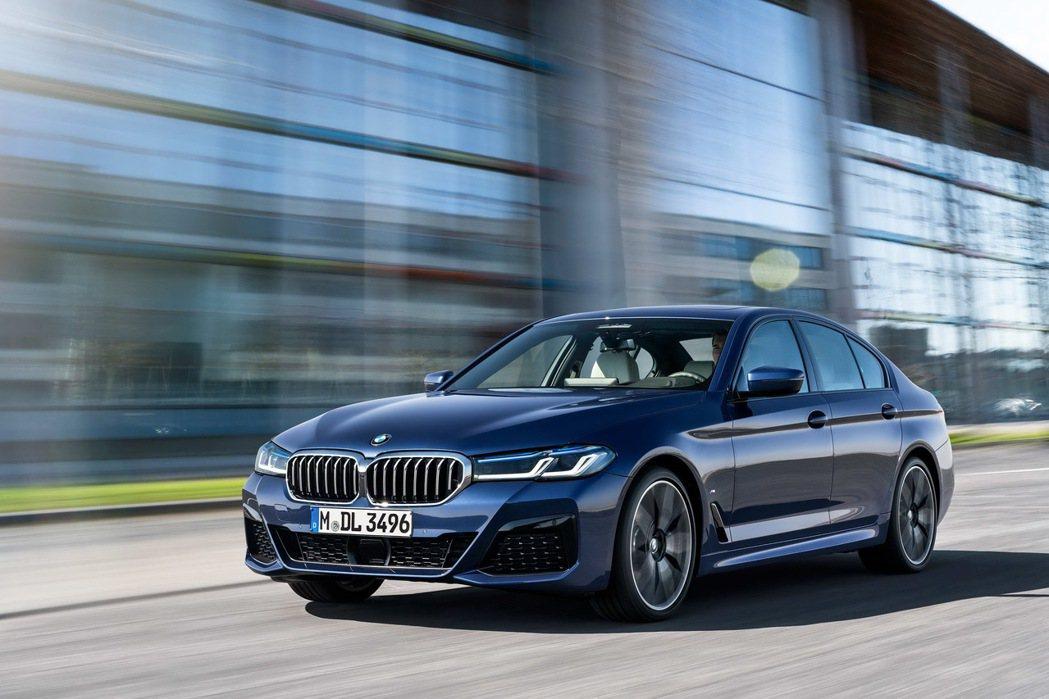 全新BMW 5系列現正提供180萬60期零利率專案或三年零利率尊榮租賃專案,本月...