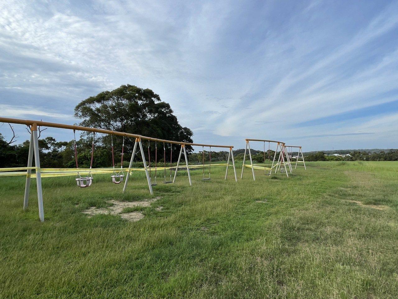 青青草原打造鞦韆,可在草原上盪鞦韆拍網美照。 圖/張裕珍 攝影