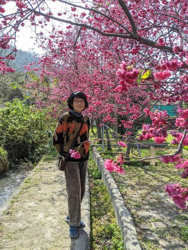 56歲賴怡慈是台中市圖書館總館志工,擔任公職滿30年就規畫退休生活,活出自己想要...