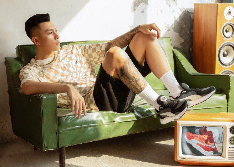 瘦子E.SO詮釋流行系列Downtown格紋短袖T恤1,180元、流行系列Dow...