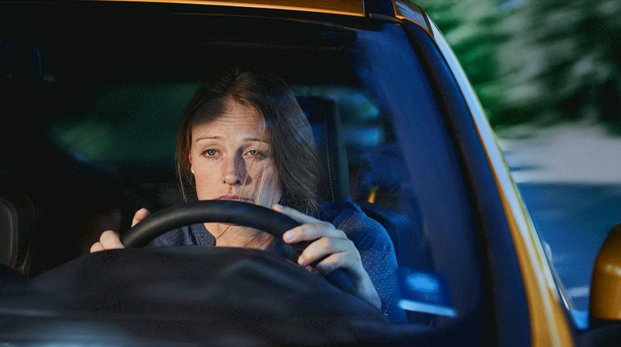 開車應該保持放鬆心情,如果情緒總是呈現緊張及困惑,就需要多留意。 圖/業者提供