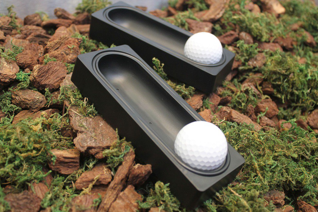足部按摩器為睿德輔具主力產品之一。 睿德輔具/提供