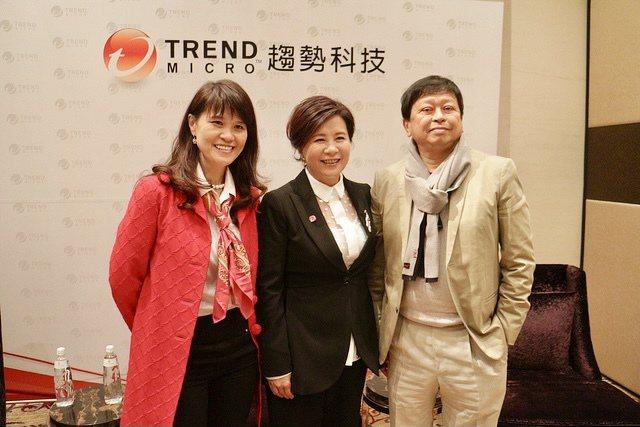 趨勢科技董事長張明正(右)。圖/趨勢科技提供