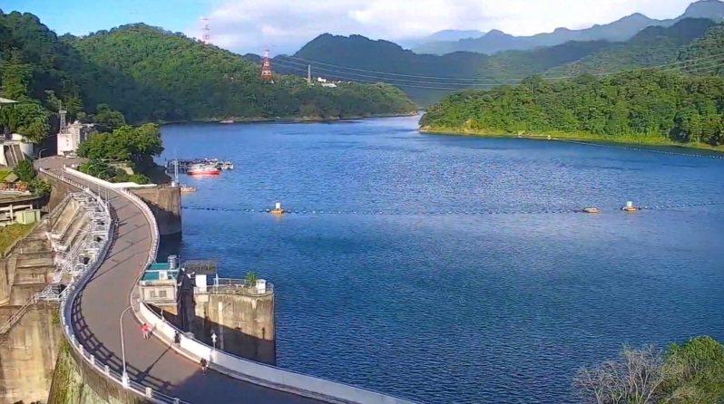 北水局預估烟花颱風會帶來強降雨,目前降雨效益超過4600萬噸,以中部以北為主,石門水庫獲益最多,高達2187萬噸用水入庫。圖/北區水資源局提供