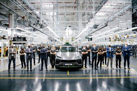 品牌史上最速15,000輛!Urus成為Lamborghini最賺錢的金雞母