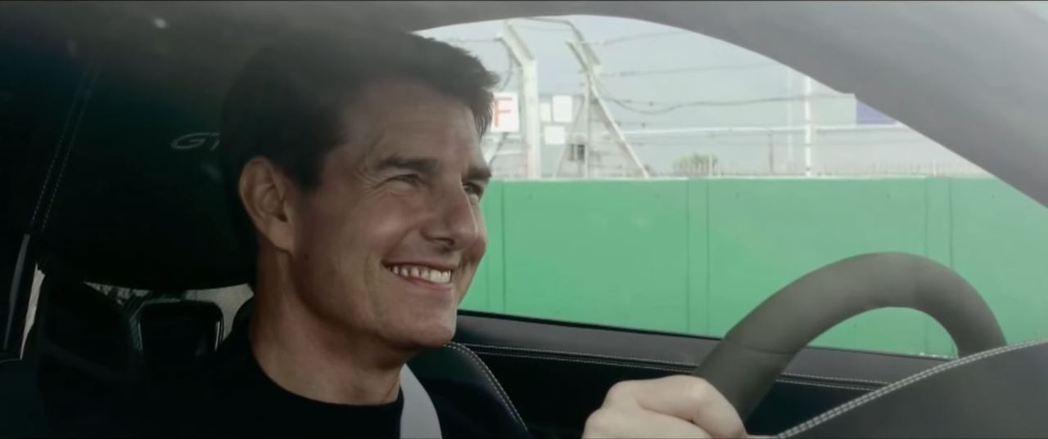 阿湯哥Tom Cruise也相當享受這場911 GT3的高速追逐戰。 截自Sev...