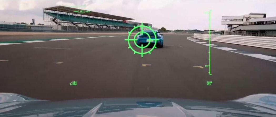 Parking Sensor的聲響模擬為被飛彈鎖定的畫面十分有趣。 截自Seve...
