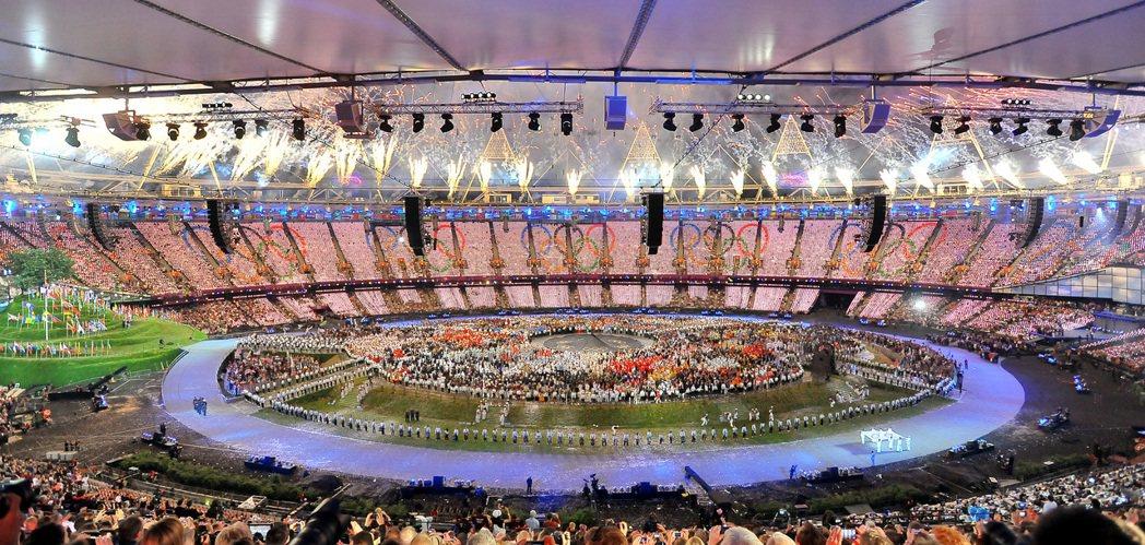2012倫敦奧運開幕式表演。 圖/侯永全攝影