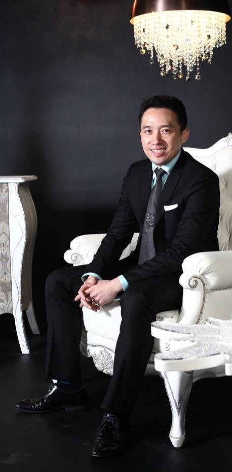 國際級品牌神秘推手-王孝璿LEO,展現創意,拉高品牌新價值。蘇璽文/攝影