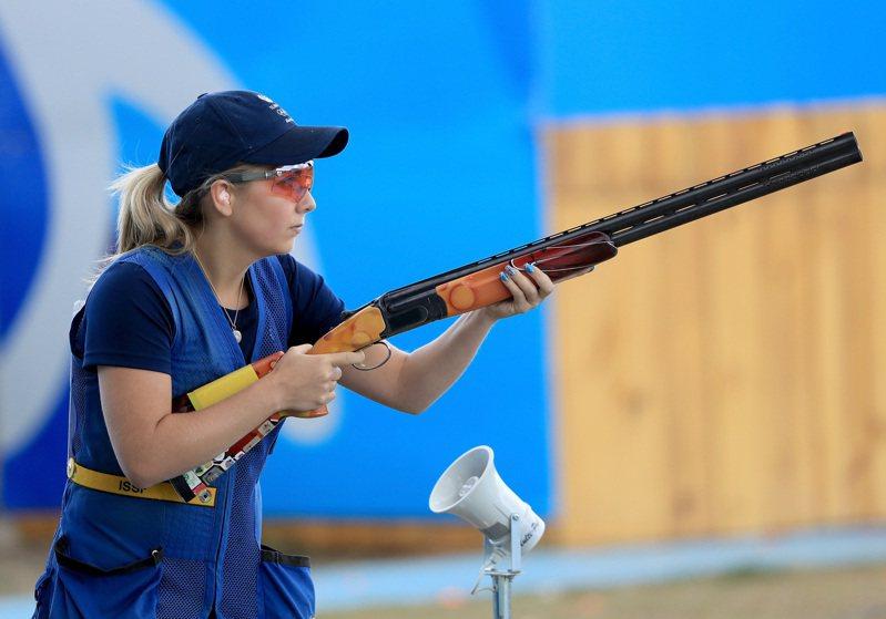 世界排名第一的英國射擊女將希爾(Amber Hill)確診,無緣參賽東奧。圖為希爾2016年出賽巴西奧運。(美聯社)