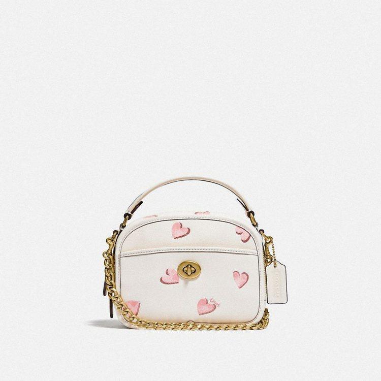 七夕Lunchbox手袋,23,800元。圖/Coach提供