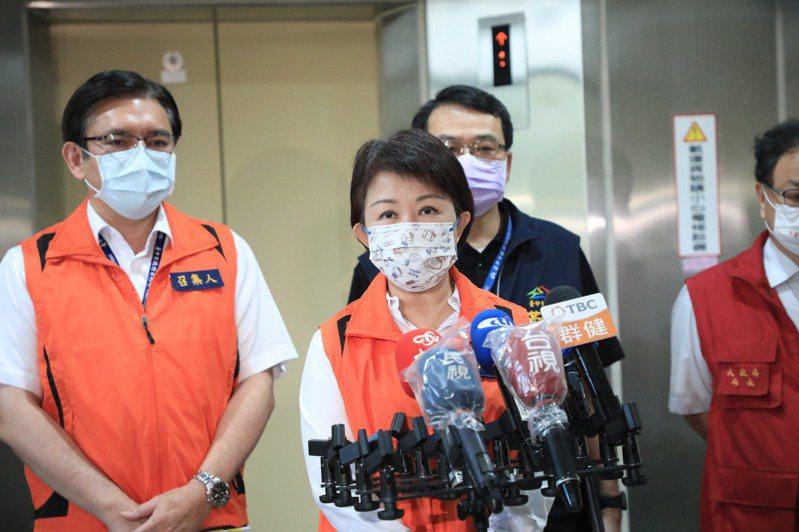 台中市長盧秀燕今日出席台中市水利局防汛整備會議接受媒體訪問。記者余采瀅/攝影